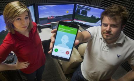 Las notificaciones del móvil provocan distracciones al volante