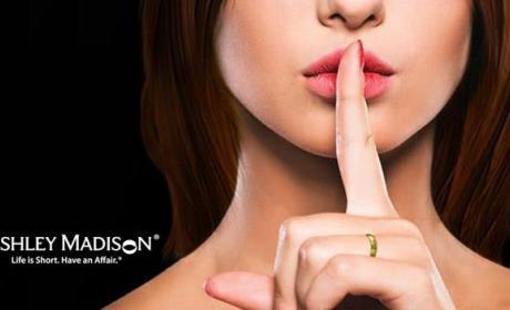 Hackers publican toda la información de clientes de Ashley Madison