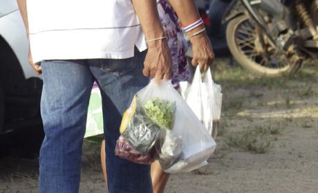 Reutilizar bolsas de plástico puede poner en peligro la salud