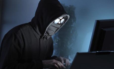 Ghostsec cree que es más efectivo espiar que atacar al ISIS