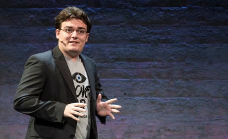 palmer luckey habla sobre la realidad virtual de facebook