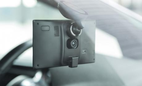 Garmin DriveAssist, un GPS con cámara para grabar accidentes