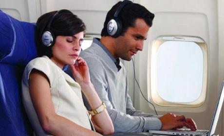 Auriculares con cancelación de ruido que te dejan oír tu nombre