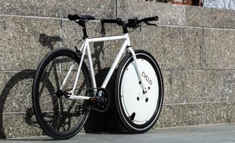 Omni Wheel, convierte una bicicleta normal en una eléctrica