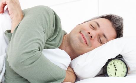 Melatonina, para qué sirve y por qué ayuda a dormir bien