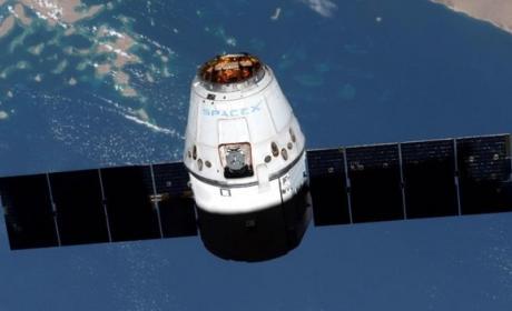 SpaceX pide permiso para poner en órbita 4425 satélites de Internet