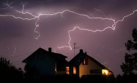 Cómo proteger el router contra las tormentas de rayos