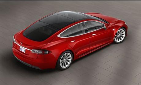 El piloto automático de Tesla limitará todavía más su velocidad máxima