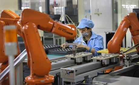 Los próximos iPhone serán fabricados por robots