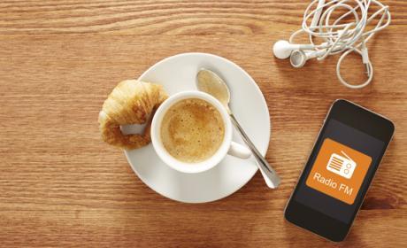 Estados Unidos quiere que escuchar la Radio FM en el móvil sea más fácil