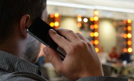 Teléfono móvil y cáncer, la relación la avala un juzgado italiano.