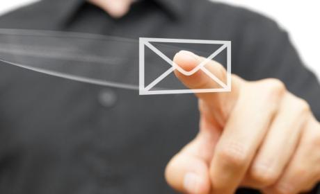 Cosas que no debes enviar por el correo del trabajo