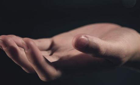 Electrodos Conectados para evitar sudor de la manos