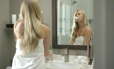 Amabrush, el cepillo de dientes con manos libres.