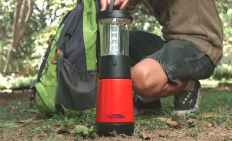 Podemos generar electricidad con agua y sal con este curioso invento, Hydra-Light