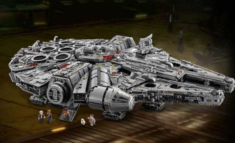 Millenium Falcon LEGO edición coleccionista. Así es en fotos.