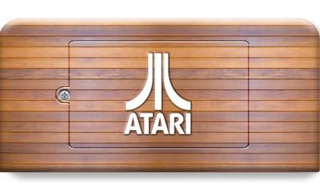 La Atari 2600 se reencarna en una portátil y un joystick