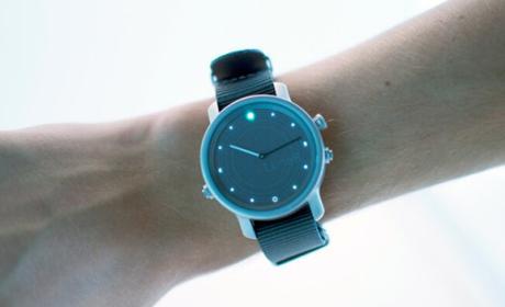 LunaR, el primer smartwatch con batería infinita gracias a la energía solar.