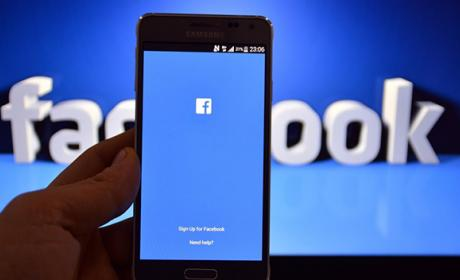 Los vídeos de Facebook comenzarán con publicidad, como YouTube
