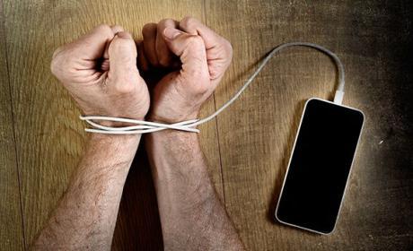 Trucos secretos para desengancharnos del teléfono móvil adicción