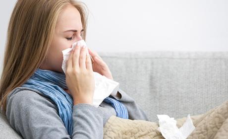 Es más fácil coger la gripe de lo que piensas, dice un estudio