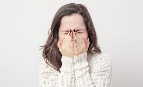 Aguantar estornudo prevenir gripe