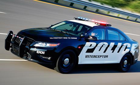Este es el coche de policía que pondrá tu próxima multa
