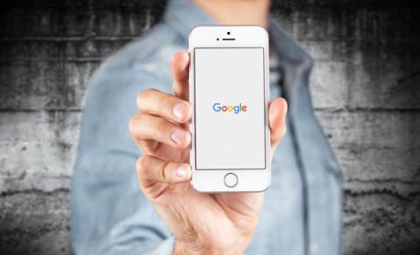 Cómo evitar que Google te espíe a través del micrófono de tu móvil.