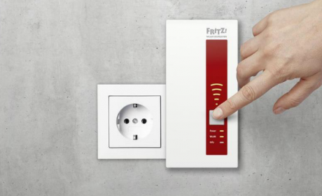 Comprobar conexión a Internet por PLC o repetidor WiFi.