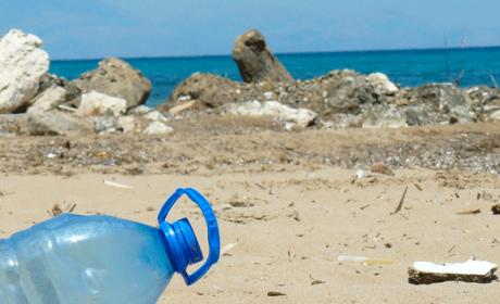 Los peligros de la batalla contra el plástico