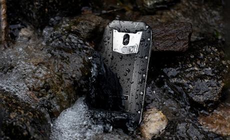 Oukitel WP5000 soporta temperaturas bajo cero y sigue funcionando