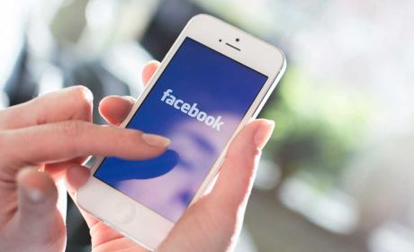Aplicación de Facebook en el móvil