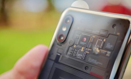 Fotos del diseño del Xiaomi Mi 8 Pro