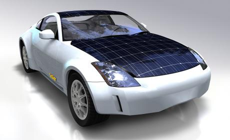 Coche eléctrico con paneles solares