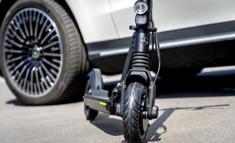 Patinete eléctrico Mercedes