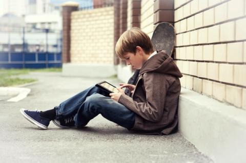 Adolescentes acosados en redes sociales