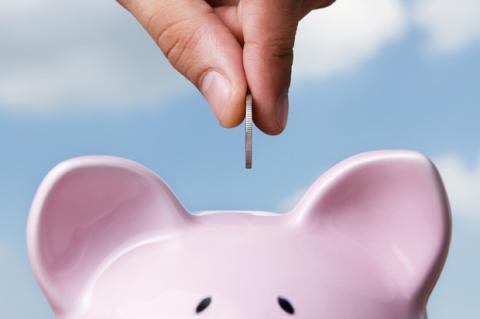 Ahorra dinero este año con Easy Money