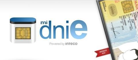 Puedes conectar un lector USB de DNIe para autenticarte online desde el móvil o tablet.