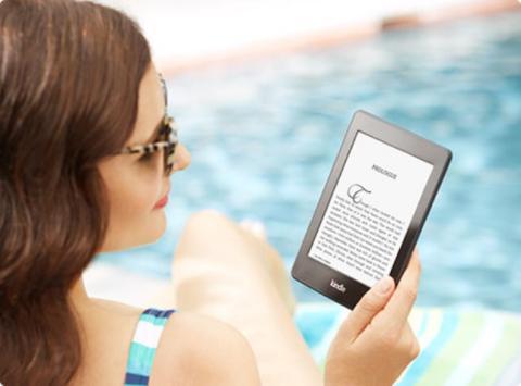 ¿Lector de ebook o tablet para leer en la playa?