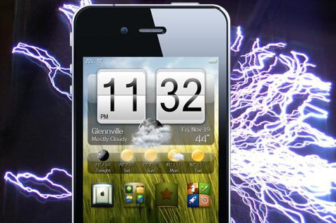 Cargador de iPhone de imitación deja a un hombre en coma