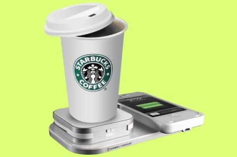 Starbucks carga tu smartphone mientras te tomas un café