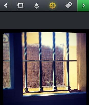 Ajuste brillo y contraste en Instagram