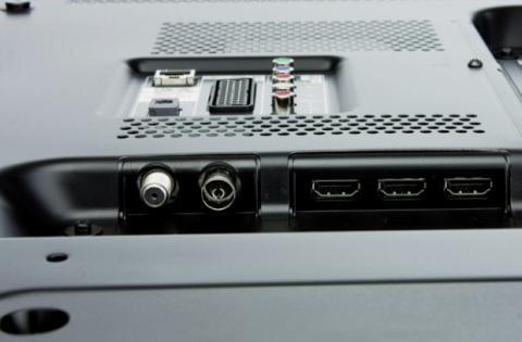 Sony KDL-46W905A Conectividad