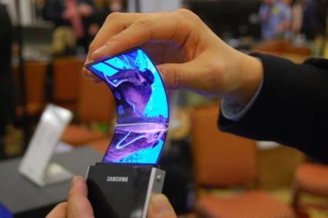 Samsung presentó pantalla OLED flexible en CES 2013