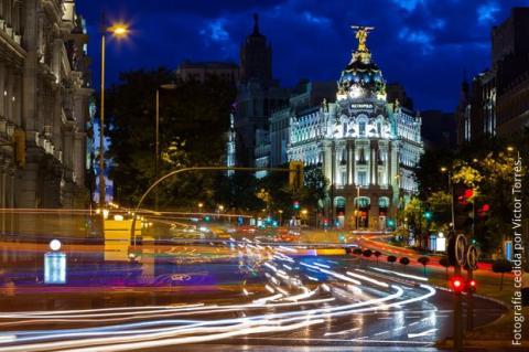 Madrid nocturna gana dinero con tus fotos