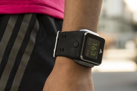 Adidas miCoach SMART RUN, el reloj inteligente para deportistas