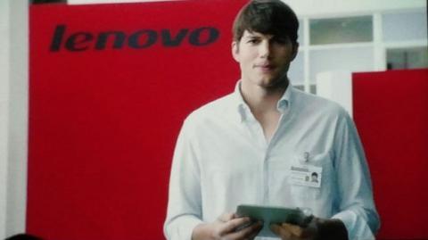 Ashton Kutcher en lENOVO