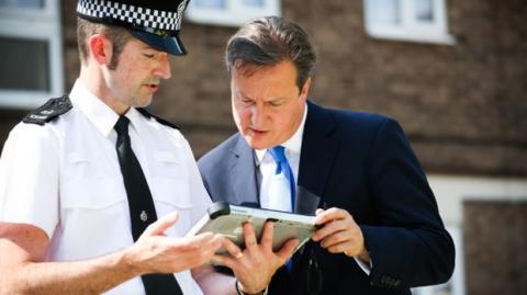 El gobierno británico prohíbe los iPad en las reuniones de ministros