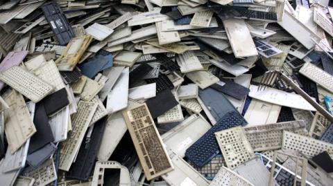 Reciclado basura electrónica