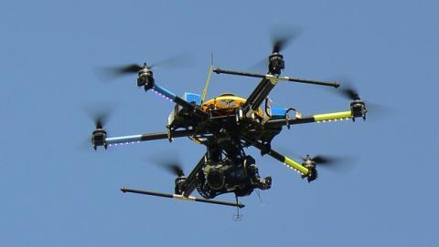 Usas drones para introducir contrabando en la cárcel